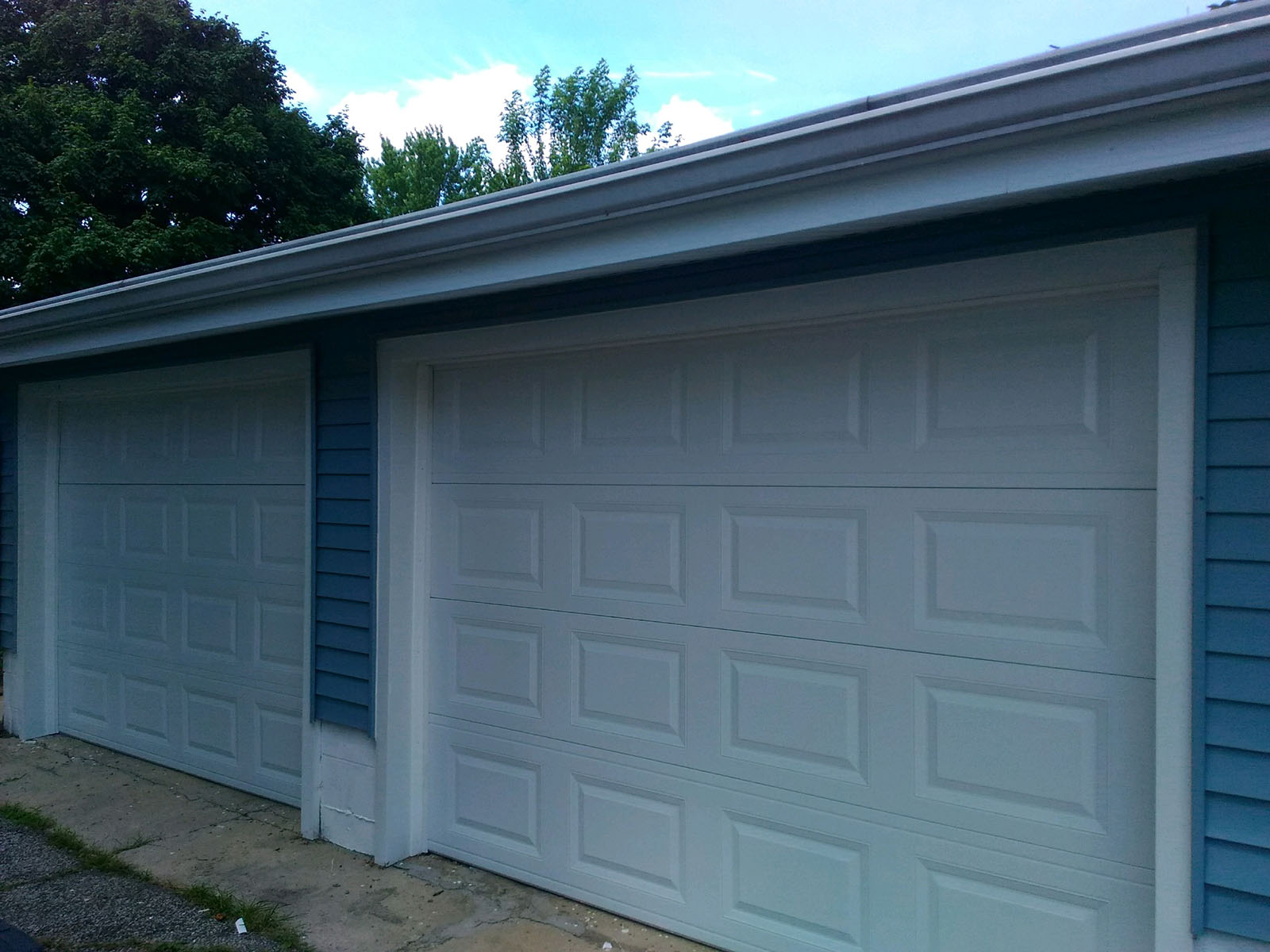 Manufacturing, installation of garages: a selection of sites